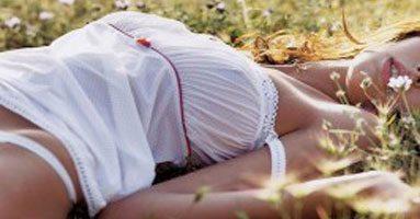 Sex op een warme zomernacht, lees meer op eroverhaal.be al 10 jaar erotische verhalen